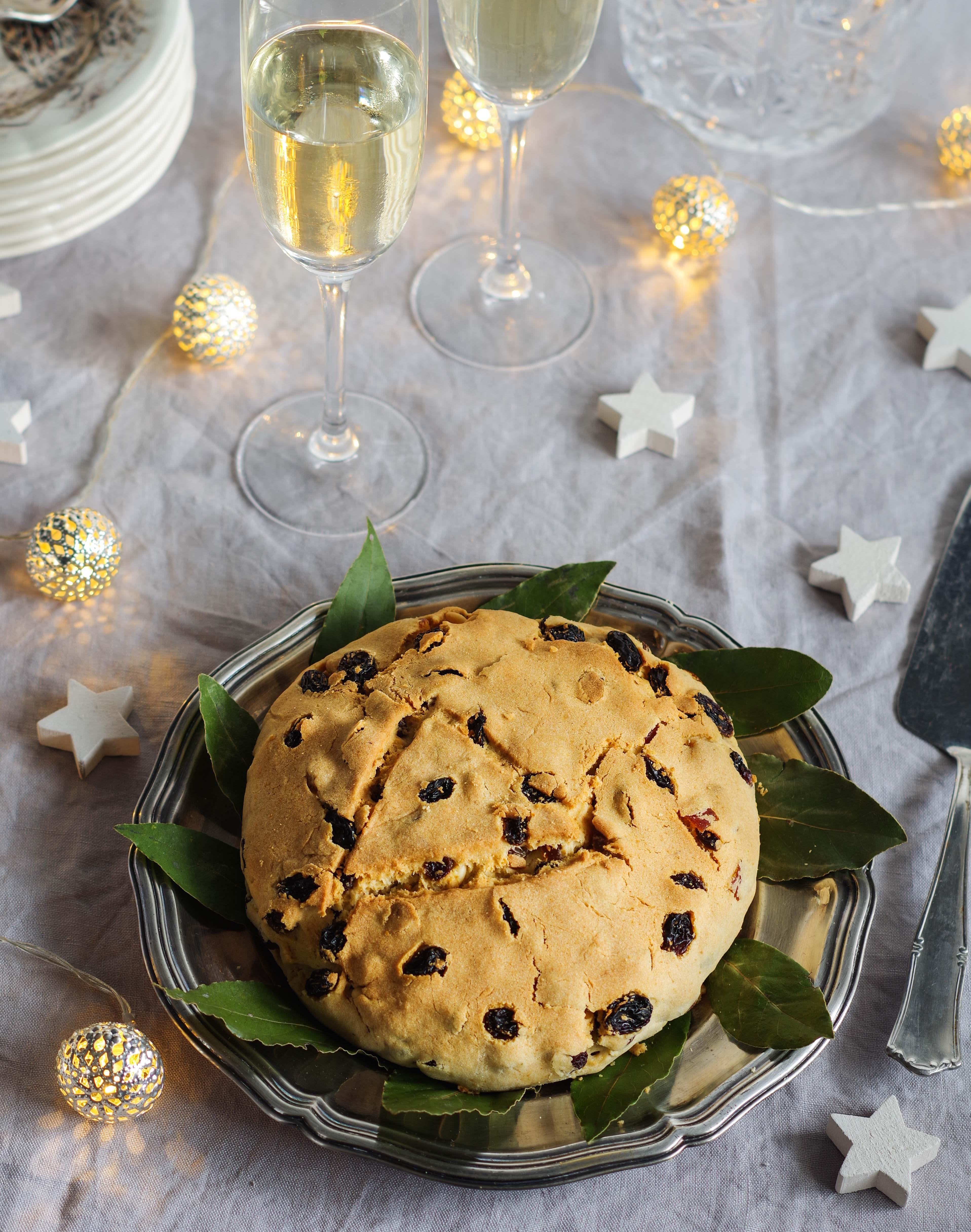 Christmas Genoa cake: pandolce basso