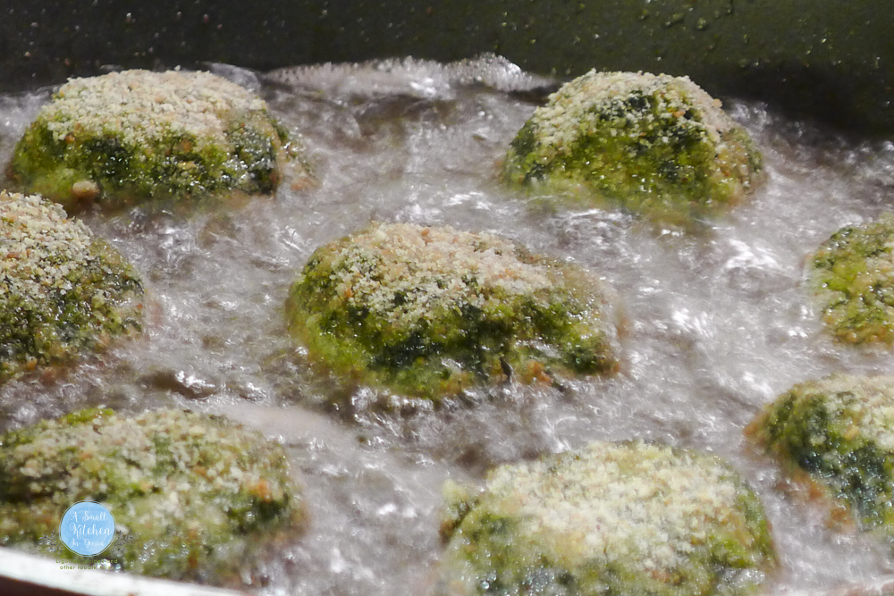 spinach balls frying