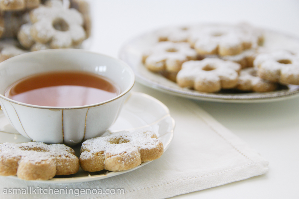 canestrelli di Torriglia with the tea_asmallkitcheningenoa