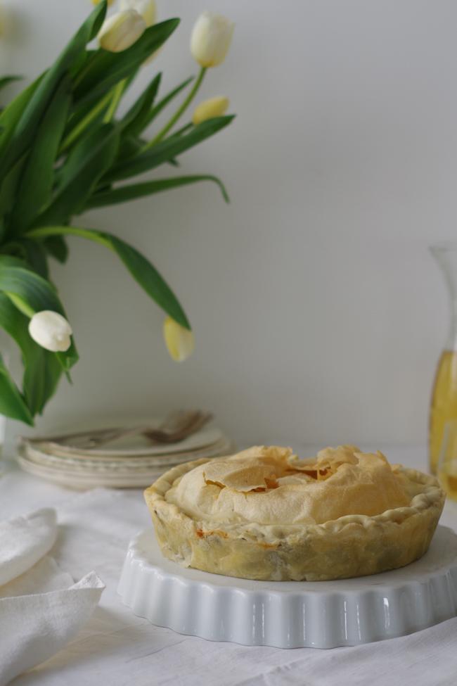 Torta Pasqualina genovese di carciofi