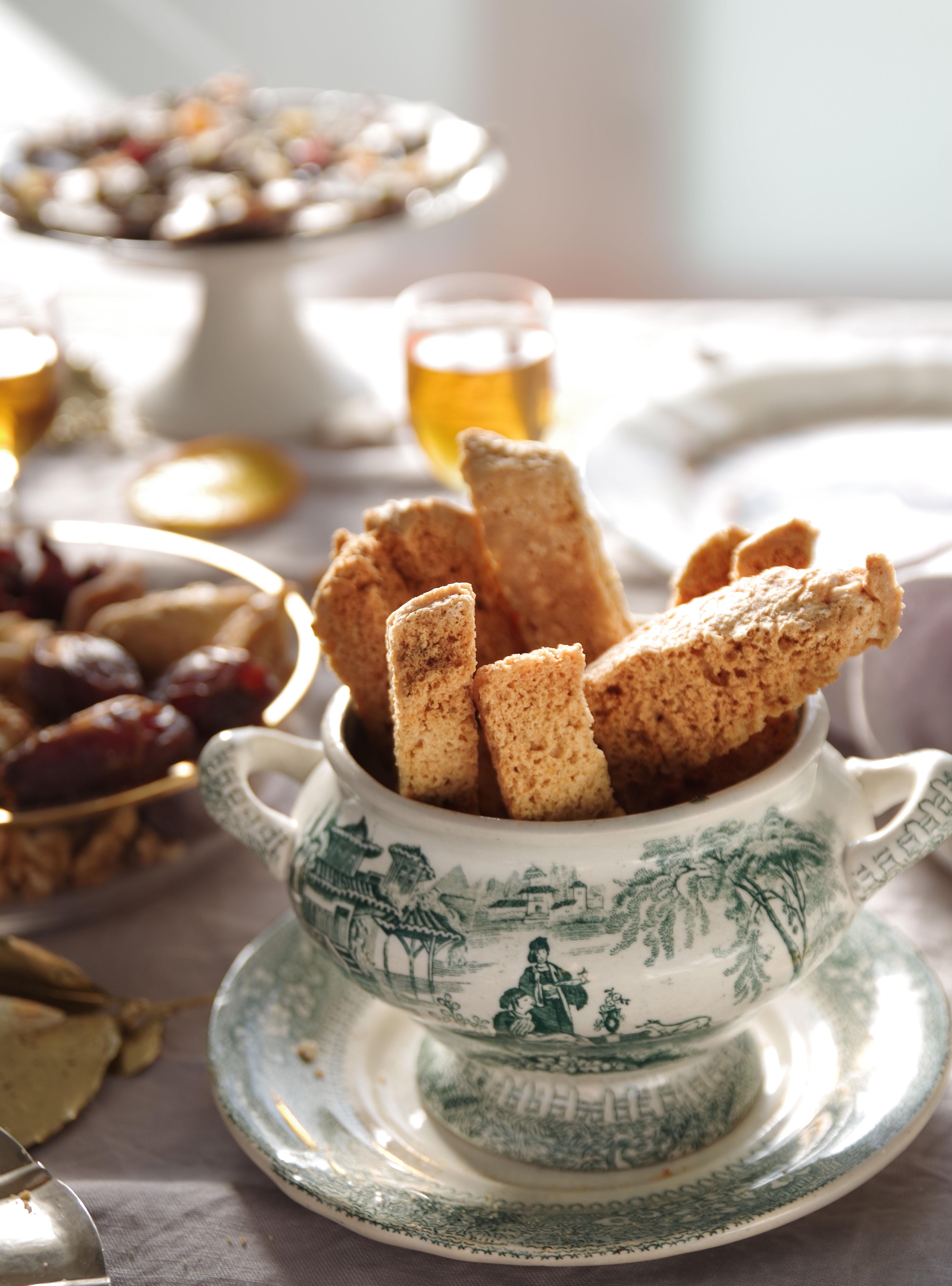 pranzo di Natale genovese: biscotti anicini