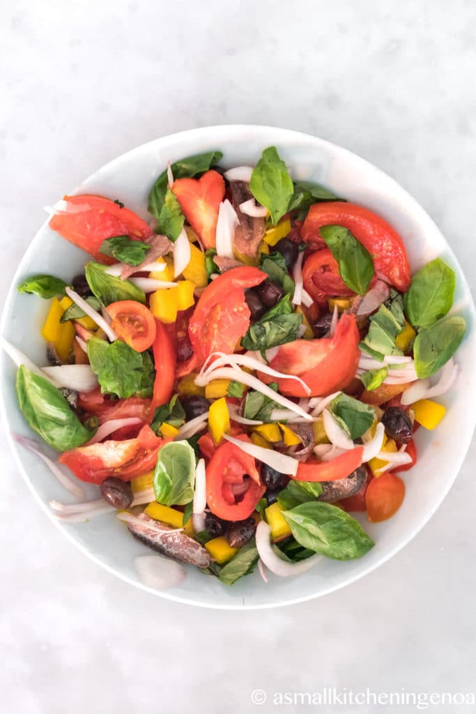 cundigiun: the Italian Riviera tomato salad from asmallkitcheningenoa