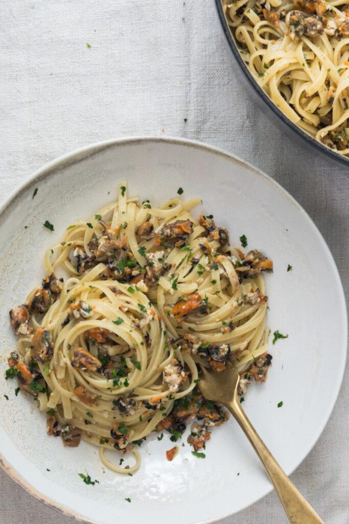 trenette al ragù di muscoli - ricetta tradizionale Ligure