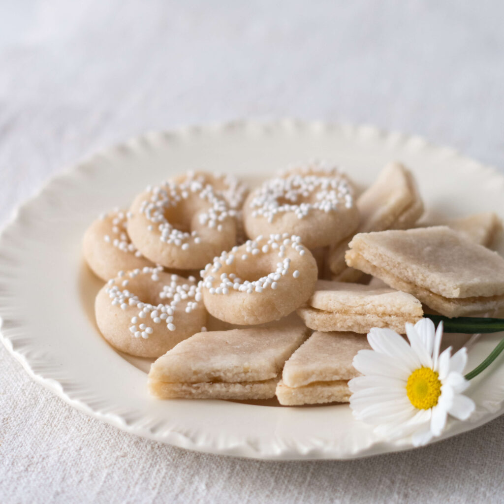 Quaresimali: the Italian Riviera Easter cookies made of almonds
